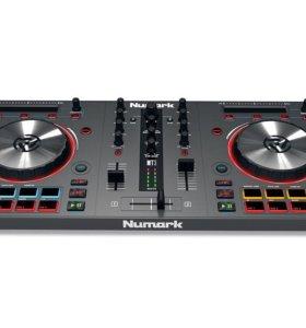 контроллер для ди-джея Mixtrack 3 virtua dj 8