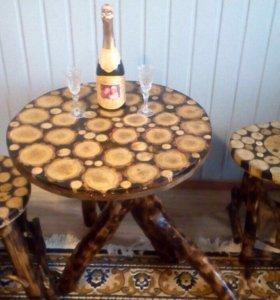 Журнальный стол и 2 табуретки из дерева (из дуба)