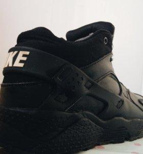 Зимние кроссовки, Nike Air Huarache
