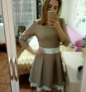 Платье нарядное 42-44