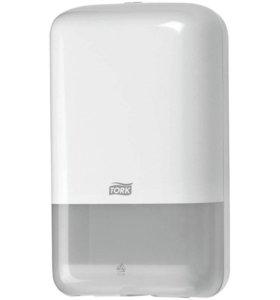 Диспенсер для туалетной бумаги листовой Tork
