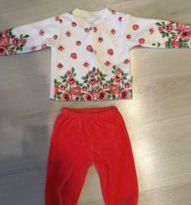 Новый костюмчик, кофточка и штанишки для девочки