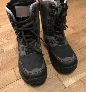 Ботинки зимние Milton размер 33