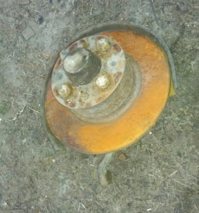 Ступицы передние с торм диском с ваз 2105 классик