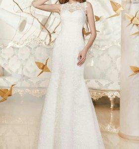Кружевное свадебное платье по фигуре