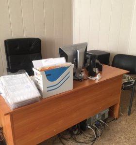 ОФИСНАЯ МЕБЕЛЬ (1 шкаф, 3 стола, 2 тумбы, стеллаж)