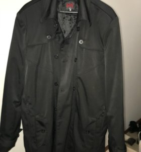 Продаётся муж. демисезоное пальто фирмы F5