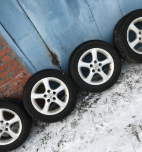 Bridgestone blizzak 205/60/16.Диски nissan 16R