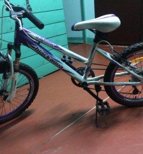 Скоростной велосипед детский.Срочно