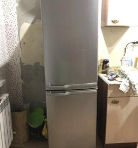 Холодильник,Samsung
