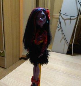 Продам куклу Монстер хай