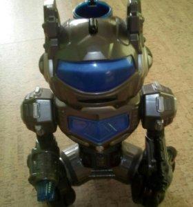 Робот электронный.
