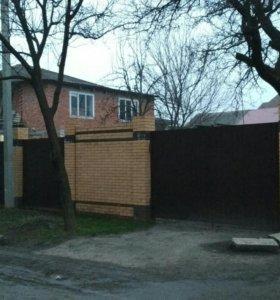 Дом, 175 м²