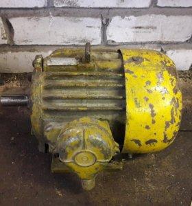 Электродвигатель на лапах 220 /380 2.2 Квт 1500 об