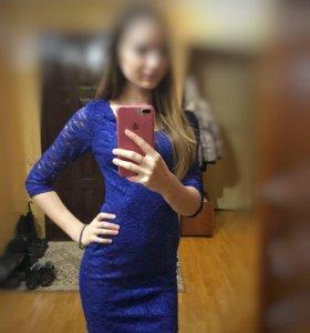 Платье вечернее с пайетками
