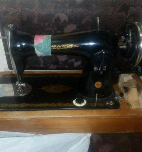 Швейная машинка - НА ЗАПЧАСТИ