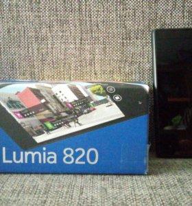 ,Nokia Lumia 820