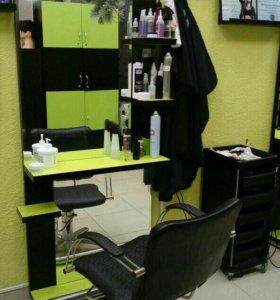 Рабочие места парикмахера(зеркала с полками)