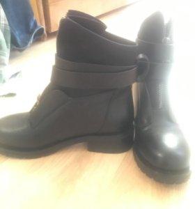Новые демисезонные ботинки. 36р-р