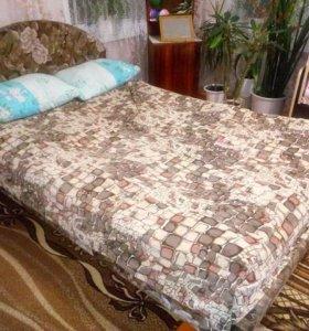 Кровать 1.5. спальная