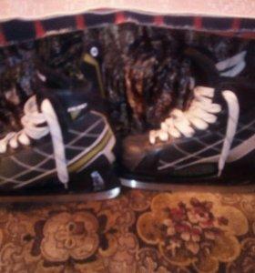 Коньки хоккейные, размер 44