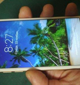 Айфон 6, 16 gb Gold с Touch ID