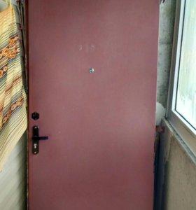 Железная дверь, с двумя замками, 90*200