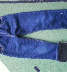 Детскик джинсы