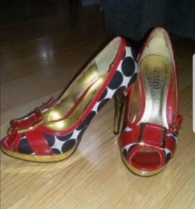 Туфли женские на узкую ножку р.35