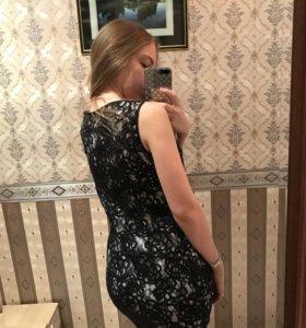 Чёрное кружевное платье