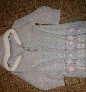 Теплое платье для малышки 3-4 года