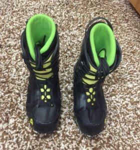 Сноубордитческие ботинки