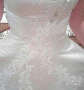 Платье свадебное, р-р. 42-44