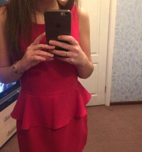 Платье красное (44-46)