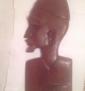 Статуэтка из чёрного дерева