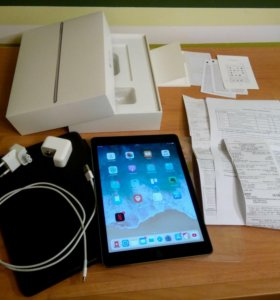 Apple iPad Air 2 64Gb Wi-Fi (A1566) + Smart Case