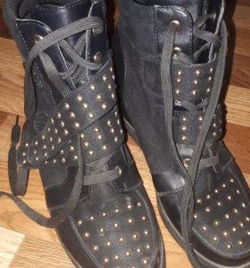 обувь женская.танкетка