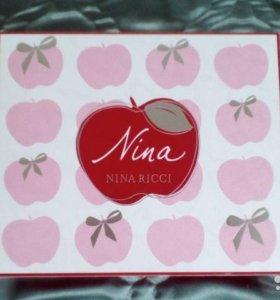 Новый пенюар (ночная рубашка) Nina Ricci