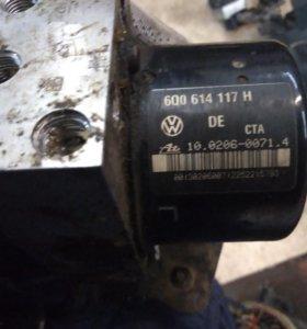 Блок ABS Audi Volkswagen Polo 6Q0907379L