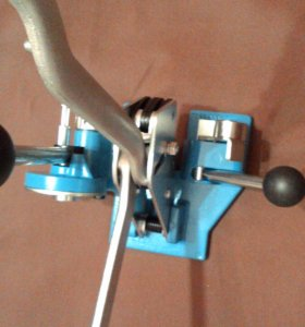 инструмент для обвязки пластиковой лентой