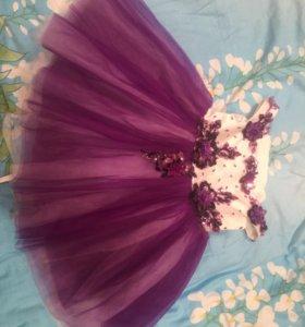 Красивое платье для девочки 110-116