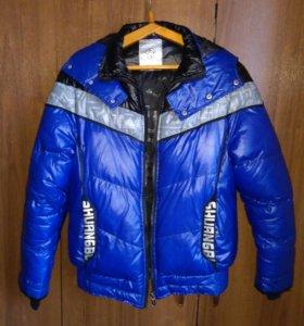 Куртка новая L размер