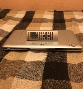 DVDплеер TRONI 4-114 с пультом и функцией караоке