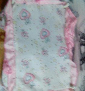 Кроватка для кукол с навесом