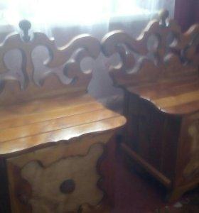 Кровать ручной работы,деревянная. Плюс две тумбы.