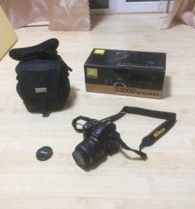 Зеркальный Nikon D3000
