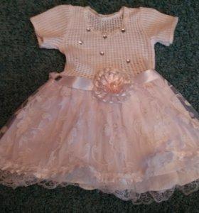 Платье новое на 1,5-2 года