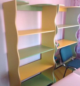 Шкафы и навесные полки