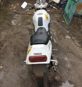 Yamaha r1-z 250cc