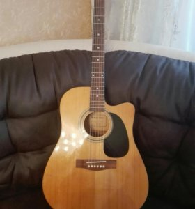 Гитара со звукоснимателем